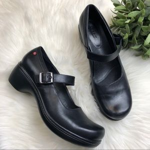 Ecco Sussex Mary Jane Black Leather Comfort 42